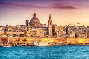 Die schönsten Ankerplätze im Östlichen Mittelmeer: Monaco - Valletta - Souda Bay - Kastelorizo - Rhodos - Bodrum - Volos - Piräus - Kerkyra - Venedig mit der MS Amera