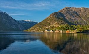Imposante Fjordwelt Westnorwegens: Bremerhaven - Eidfjord - Nordfjordeid - Geiranger - Geirangerfjord - Bergen - Lysefjord - Stavanger - Kristiansand - Bremerhaven mit der MS Albatros