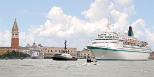 Mediterrane Spitzenziele und Höhepunkte im Schwarzen Meer: Triest - Venedig - Kotor - Nauplia - Istanbul - Batumi - Sotschi - Odessa - Konstanza - Santorin - Monaco mit der MS Albatros