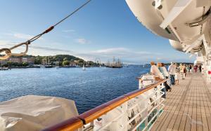 Party- und Schnupperreise: Bremerhaven - Helgoland - Bremerhaven mit der MS Artania