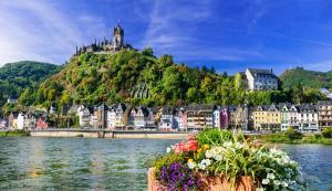 Rhein in Flammen - St. Goar: Köln - Cochem - Loreley - St. Goar -  Köln mit der MS Switzerland