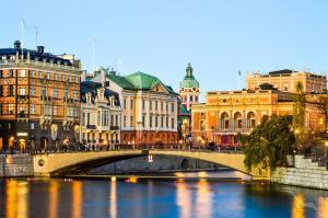 Spätsommerfreuden im Baltikum: Bremerhaven - Visby - Stockholm - Turku - Helsinki - St. Petersburg - Tallinn - Riga - Klaipeda - Eckernförde - Bremerhaven mit der MS Amera