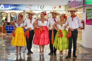 Von Acapulco über den Äquator bis nach Chile: Acapulco - Guaymas - Cabo San Lucas - Puerto Quetzal - Corinto - Puntarenas - Guayaquil - Callao - Arica - San Antonio mit der MS Albatros